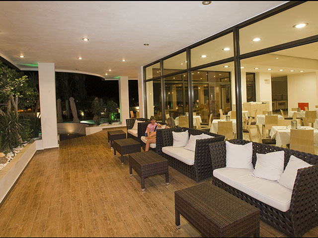Anavadia Hotel: