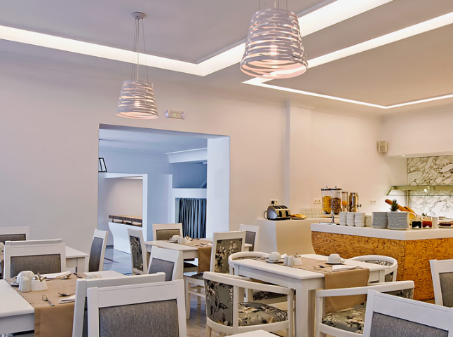 Cavo Bianco Hotel: