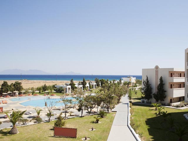 Sovereign Beach Hotel: