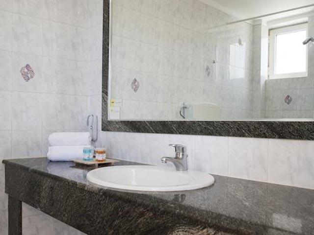 Sovereign Beach Hotel: