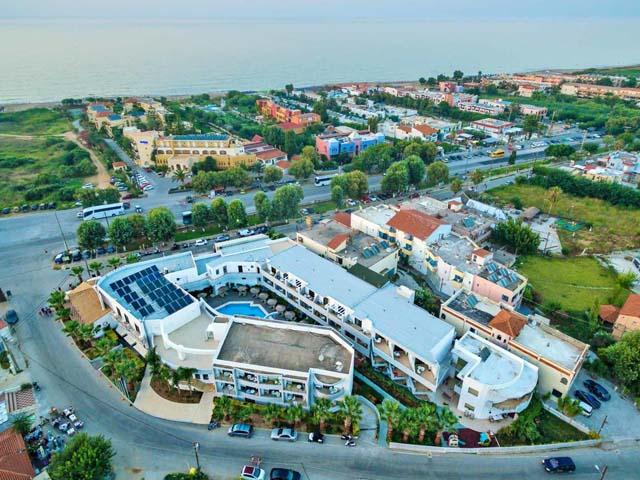 Delfina Art Hotel -