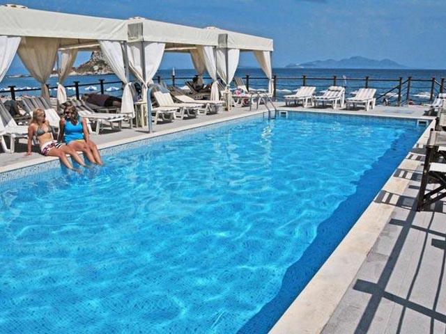 Sacallis Inn Beach Hotel -
