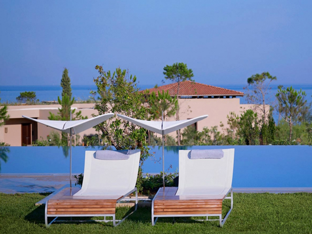 Special Offer for Costa Navarino Hotel The Romanos - Early Bird 2020  up to 30% Reduction  !! LIMITED TIME !! 02.07.20 - 29.07.20 !!