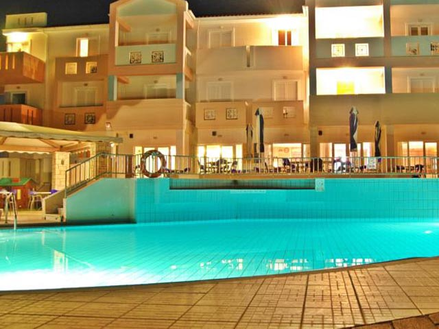 Xenos Kamara Beach Hotel: