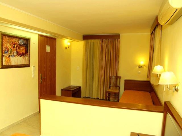 Elysee Hotel -