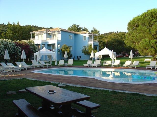 Special Offer for Mandraki Village Hotel - Book Early for 2019 and save up to 25% LIMITED TIME !!!