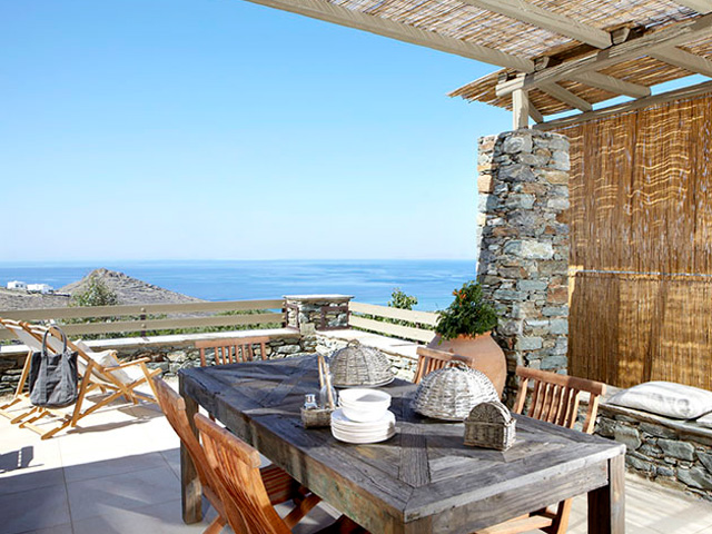 Diles and Rinies Villas -