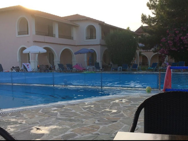 Kamari Luxurious Holiday Apartments -
