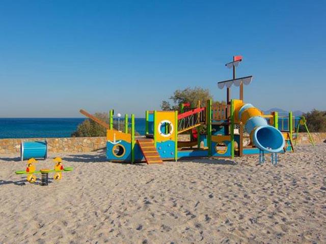 Grand Blue Beach Hotel: