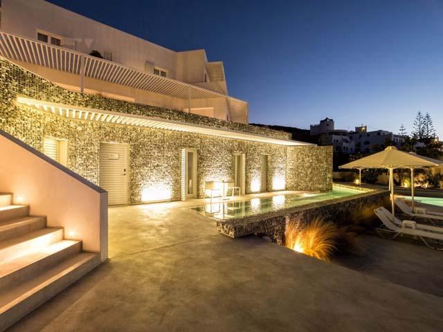 Relux Hotel Ios: