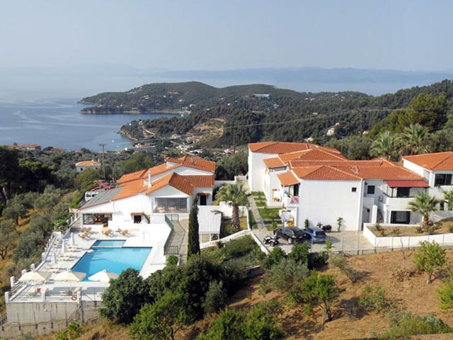 Skiathos Club: