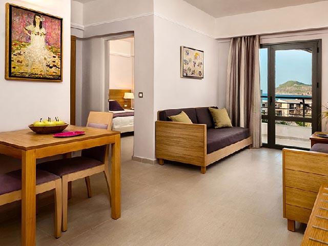 Porto Platanias Village Resort: