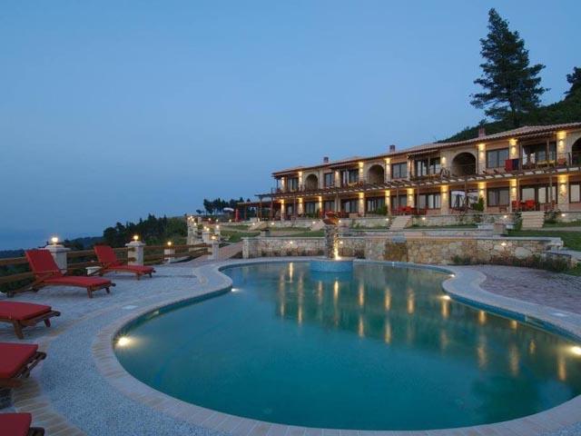 Akritas Ev Zin Villas and Suites