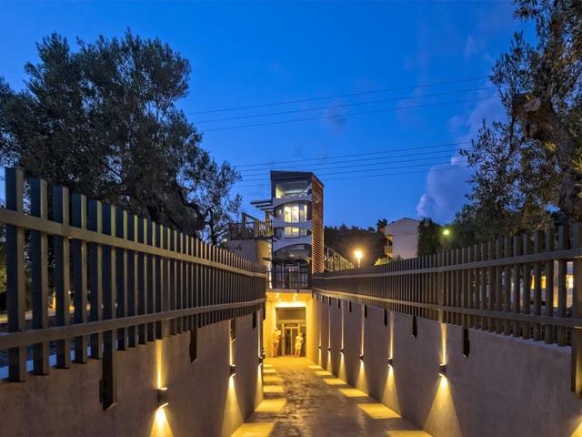 Lagomandra Hotel and SPA: