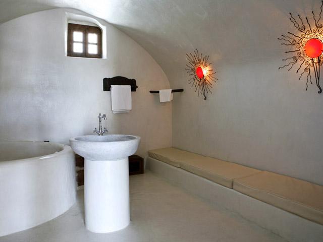 Mansion 1878: Bathroom
