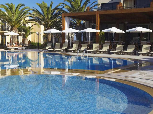 Atlantis Beach Hotel - Pool Area
