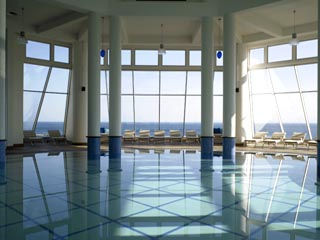 Kempinski Hotel Barbaros Bay: Indoor Swimming Pool