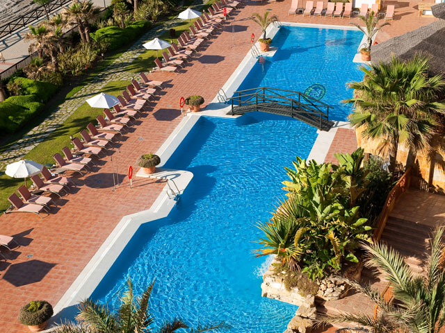 Gran Hotel Elba Estepona & Thalasso Spa: Swimming Pool Panoramic View