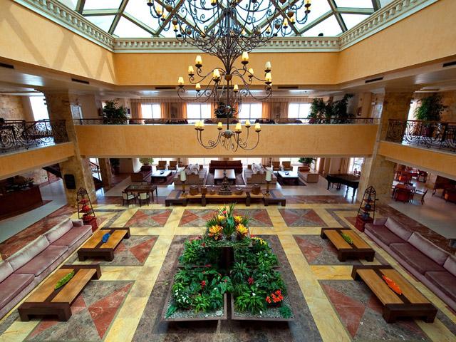 Gran Hotel Elba Estepona & Thalasso Spa: Lobby