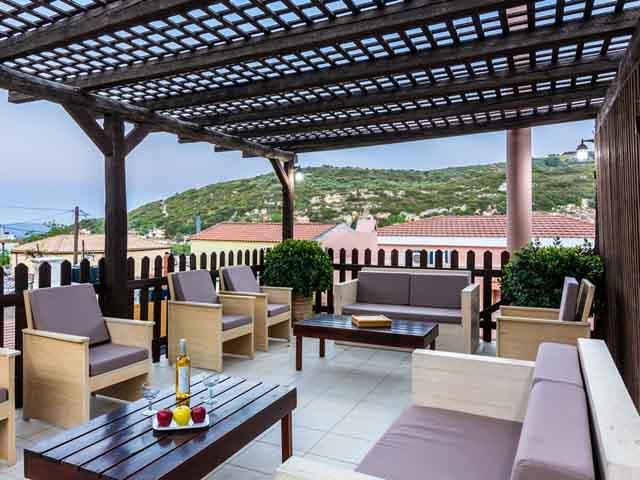 Petronikolis Traditional Houses: