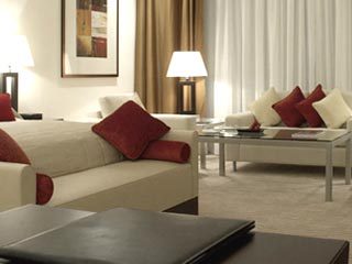 Grosvenor House West Marina Beach: Room