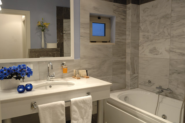 Elounda Carob Valley Villas Bathroom