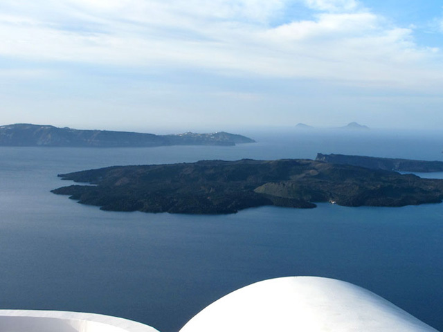 Belvedere Suites Santorini: View of the area