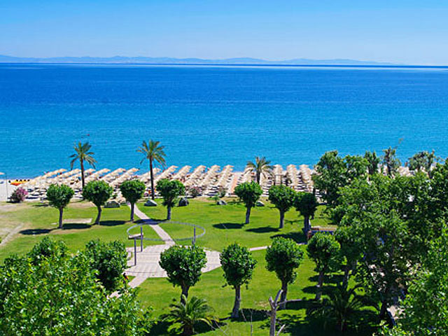 Bomo Platamon Cronwell Resort: