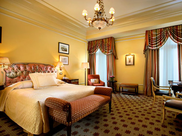Deluxe Room - Bedroom