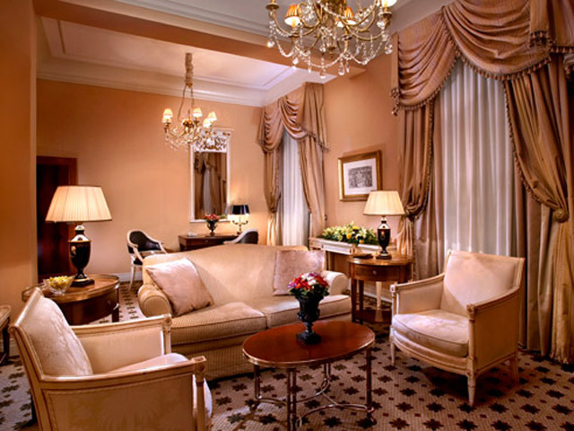 Grande Deluxe Suite - Living Room