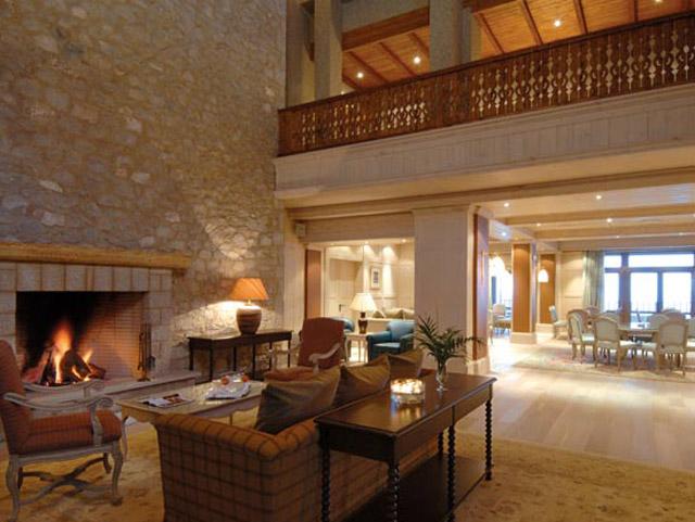 Santa Marina Arachova Resort & Spa -