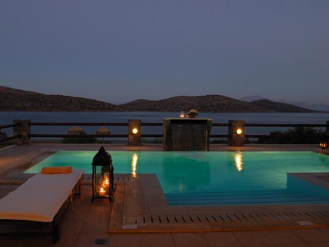 Elounda BEACH FRONT Villa: