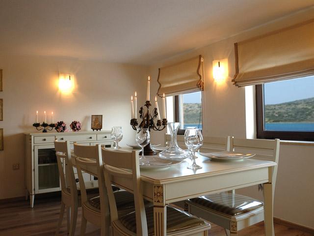 Elounda Seafront Villa: