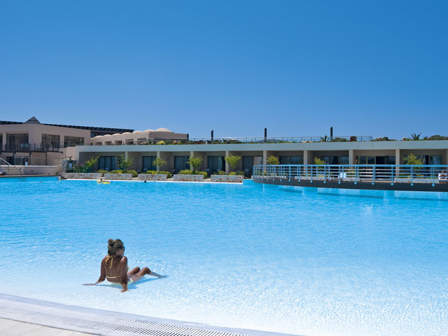 Cavo Spada Luxury Resort & Spa: Pool Area