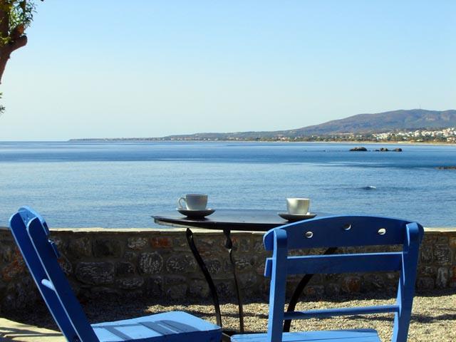 Paraktio Beach Apartments -