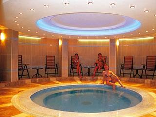 Otium Hotel Art: Swimming Pool