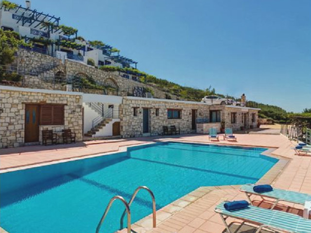 Nymphes Luxury Apartments - Family Hotel -