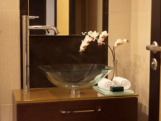 Elysium Resort & Spa: Bathroom