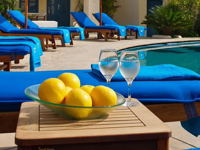 Tamarix Del Mar Suites: Swimming Pool