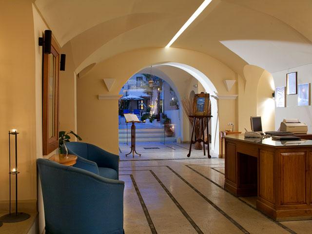 Tamarix Del Mar Suites: Reception