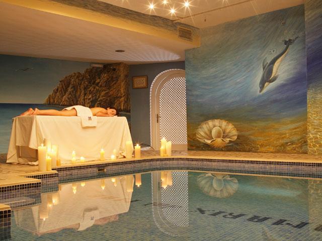 Tamarix Del Mar Suites: Indoor Pool