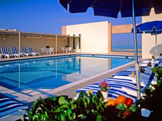Sheraton Khalidiya Hotel: Swimming Pool