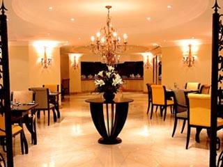 Sheraton Khalidiya Hotel: La Veranda Restaurant
