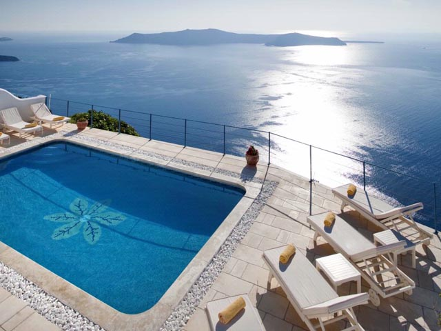 Absolute Bliss Imerovigli Suites:
