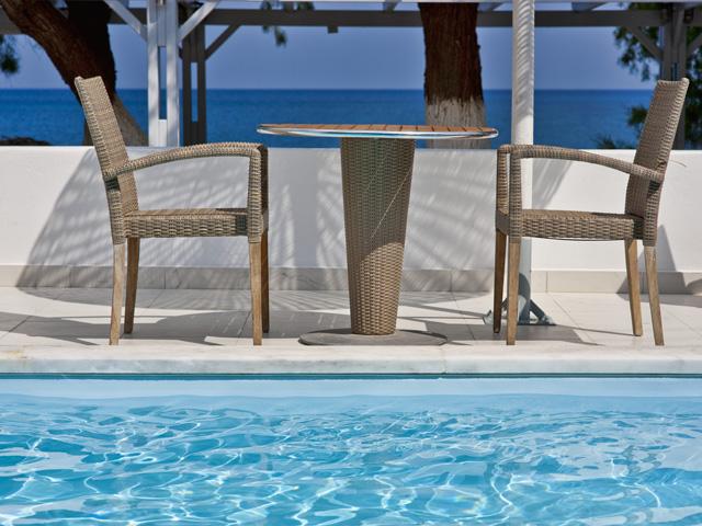 Alesahne Beach Hotel: Swimming Pool
