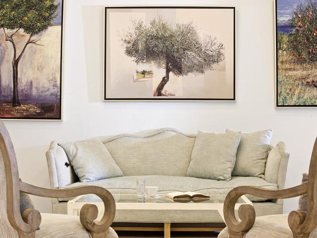 Alesahne Beach Hotel: Living room