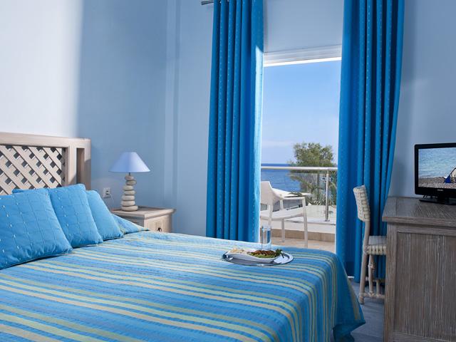 Alesahne Beach Hotel: Bedroom