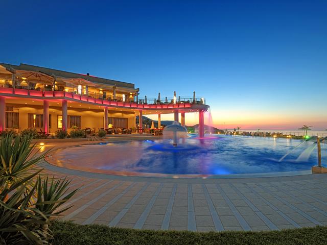Royal Heights Resort -
