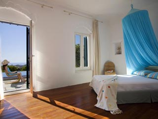 Yria Ktima Luxury Villa: Bedroom