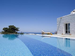 Yria Ktima Luxury Villa: The Pool